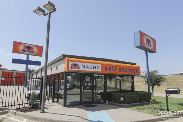 Macho Self Storage - Dallas - Photo 1
