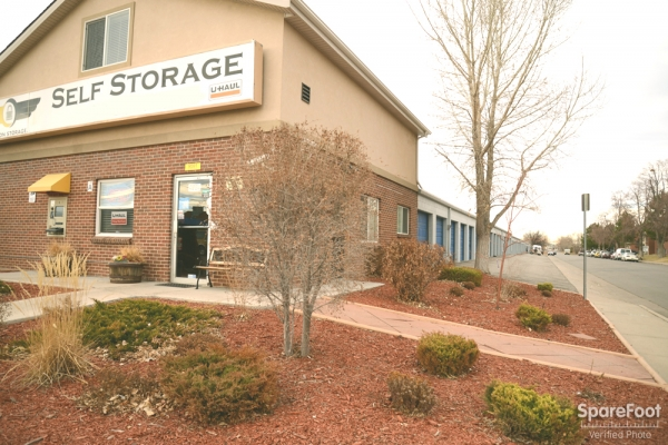 Stapleton Storage - Photo 1