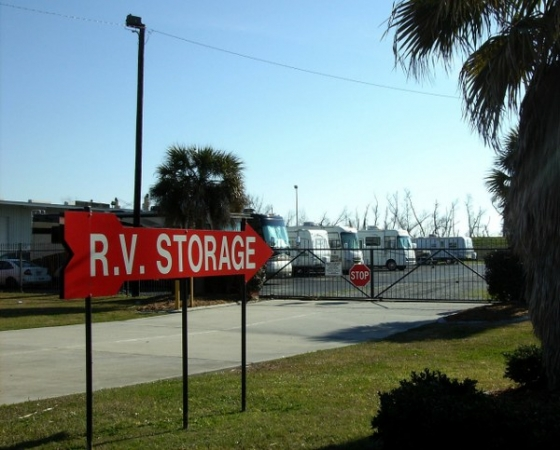 Belle Chasse Self Storage - Photo 9