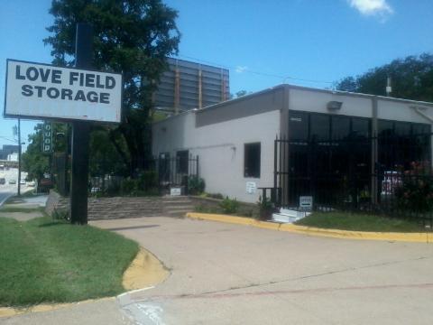 Love Field Storage - Photo 3