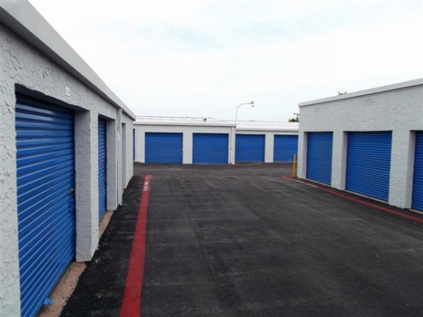 I-30 Self Storage - Photo 4
