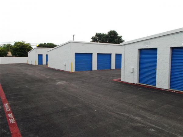 I-30 Self Storage - Photo 13