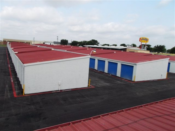 I-30 Self Storage - Photo 1