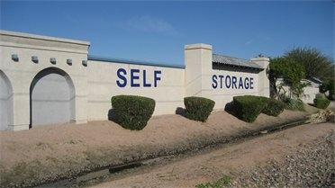 La Casa Blanca Mini Storage - Photo 4