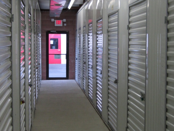 Storage Pros - Romulus - Ecorse Rd. - Photo 2