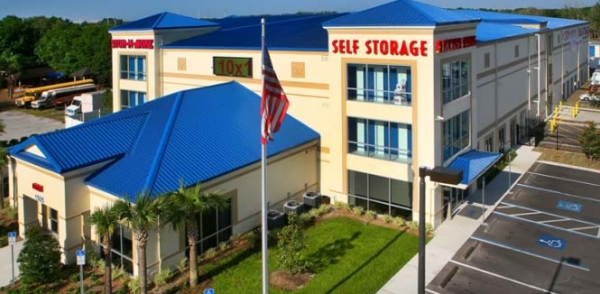 Crosstown Stor-N-More Self Storage - 1505 S US HWY 301, Tampa FL 33619 - Aerial View