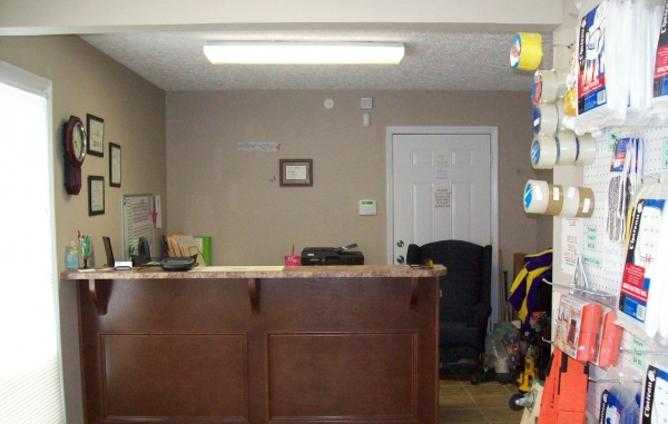 Pembrook Self Storage - Photo 9