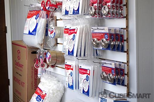 American Storage Rental Spaces - Photo 7