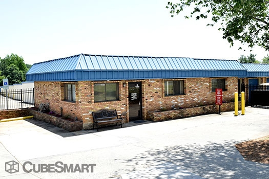 CubeSmart Self Storage - 7043 E Independence Blvd, Charlotte NC 28227
