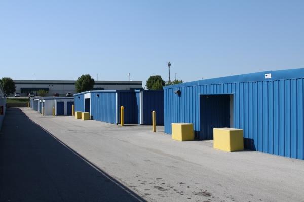 Access Self Storage - Beach Grove - Photo 8