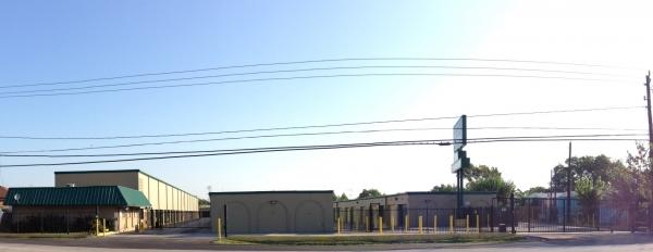 Great Value Storage - Hempstead Rd. - Photo 5
