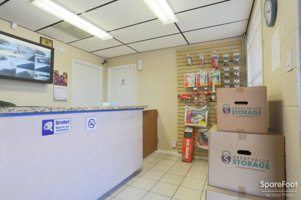 Great Value Storage - Hempstead Rd. - Photo 14