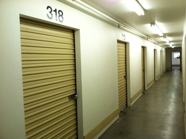 StorCal Self Storage - Woodland Hills #1 - Photo 2