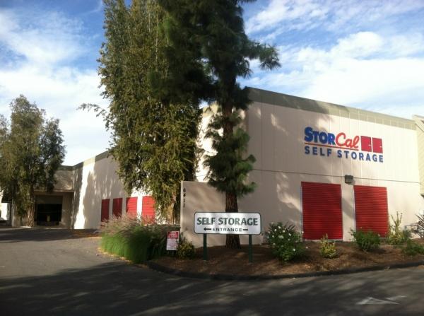 StorCal Self Storage - Woodland Hills #1 - Photo 4
