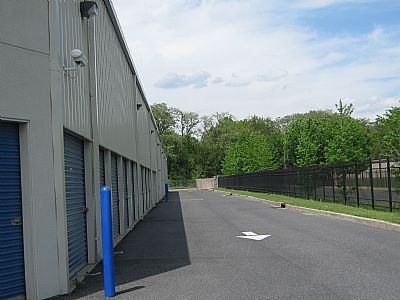 21st Century Self Storage - Pennsauken - Photo 9