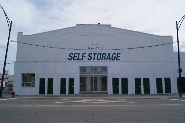 U-STOR-IT Beverly - Photo 2