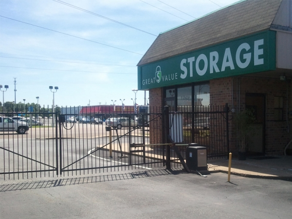 Great Value Storage - Covington Pike - Photo 4