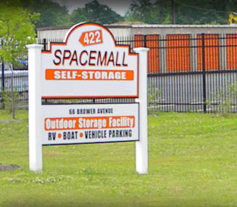 422 Spacemall Self Storage - 66 Brower Avenue, Phoenixville PA 19460 - Signage