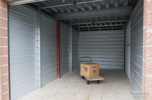 Orchard Street Self Storage - Photo 6