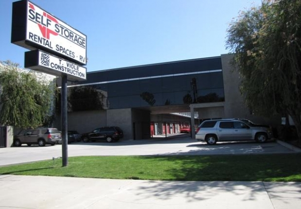 VP Self Storage - Photo 1