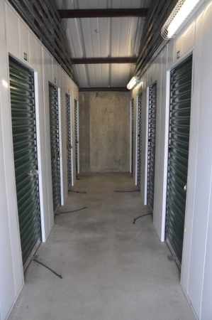 SecurCare Self Storage - Co Springs - King St. - Photo 5