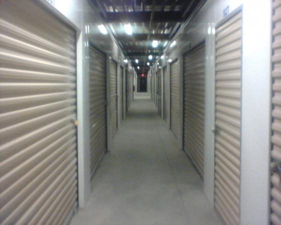 Global Storage - Coors - Photo 3