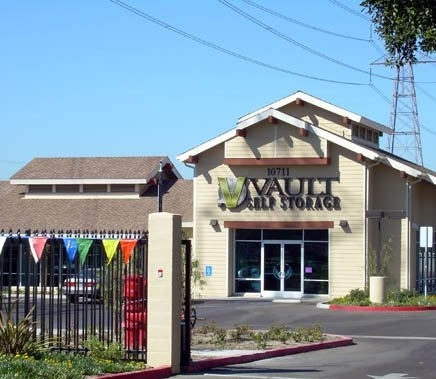 Vault Self Storage - Anaheim - Photo 2