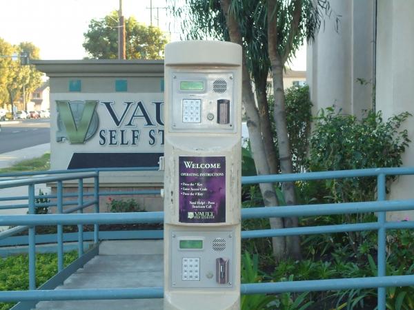 Vault Self Storage - Long Beach - Photo 10