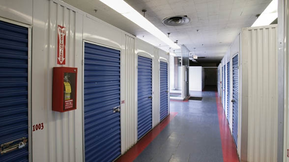 Metro Self Storage - Chicago/ West 79th St - Photo 11
