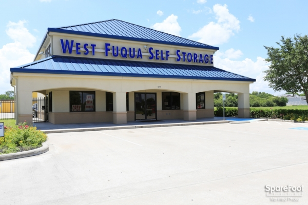 West Fuqua Self Storage - 5755 W Fuqua St, Houston TX 77085