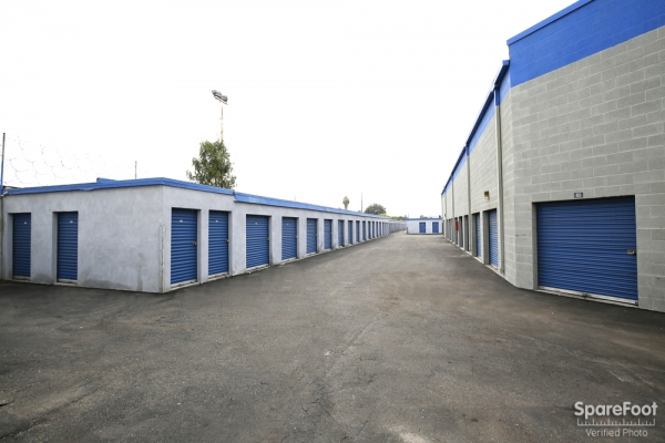 A-American Self Storage - Santa Fe Springs - Photo 6