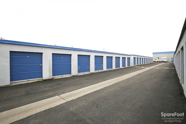 A-American Self Storage - Santa Fe Springs - Photo 9