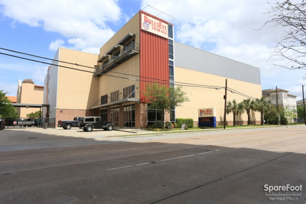 Bullseye Storage - W. Dallas - Photo 1