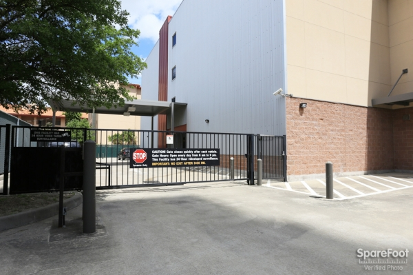 Bullseye Storage - W. Dallas - Photo 10