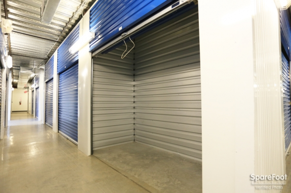 Bullseye Storage - W. Dallas - Photo 17