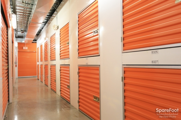 Bullseye Storage - W. Dallas - Photo 18