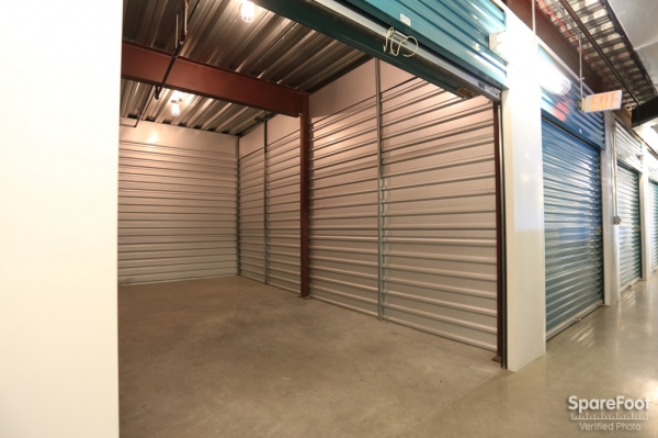 Bullseye Storage - W. Dallas - Photo 19