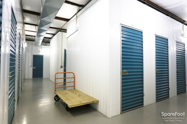 BullsEye Storage - Airline - Photo 13
