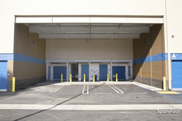 West Coast Self-Storage San Pedro - Photo 4
