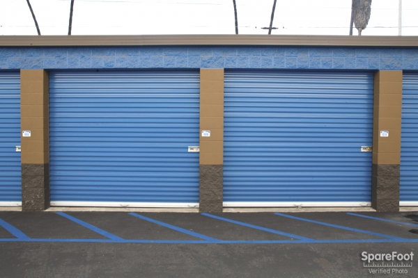 West Coast Self-Storage San Pedro - Photo 7