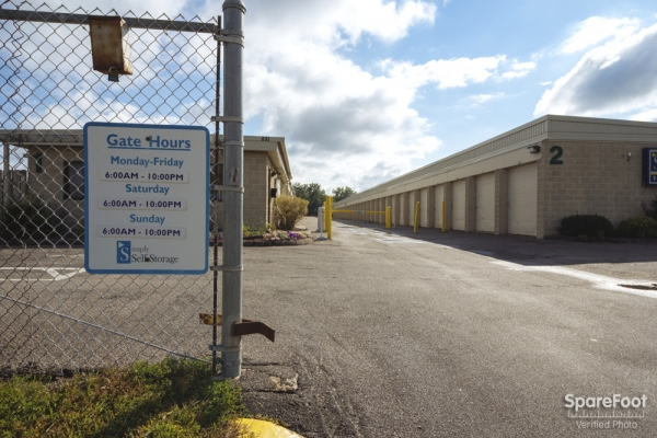 Simply Self Storage - Woodbury/Oakdale - Photo 3