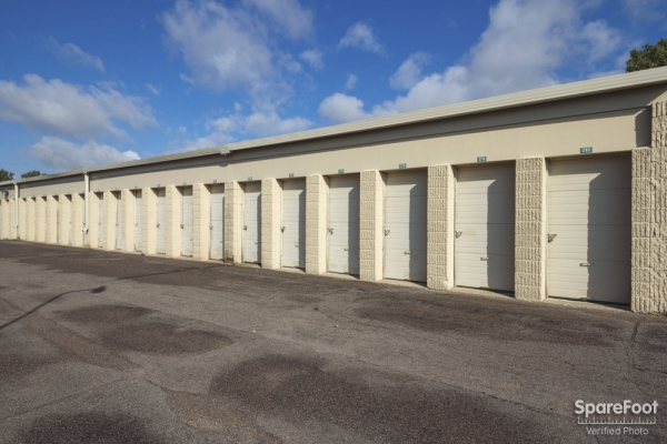 Simply Self Storage - Woodbury/Oakdale - Photo 7