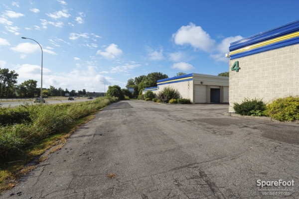 Simply Self Storage - Woodbury/Oakdale - Photo 8