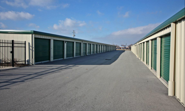A2Z Self Storage - Photo 5
