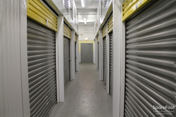 Safeguard Self Storage - Chicago - Wabash Ave - Photo 8