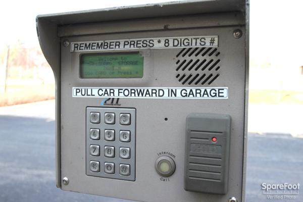 Safeguard Self Storage - Darien - Lemont Rd - Photo 4