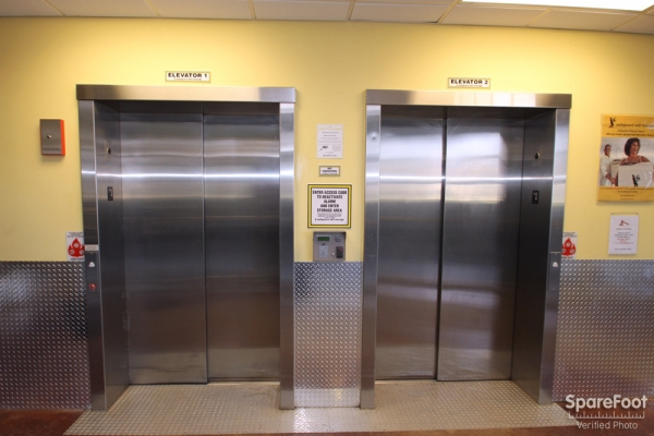 Safeguard Self Storage - Darien - Lemont Rd - Photo 6