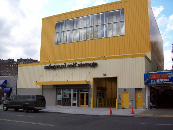 Safeguard Self Storage - Bronx - Jerome Ave - Photo 1