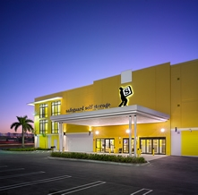 Safeguard Self Storage - Miami - 12th St - Photo 4