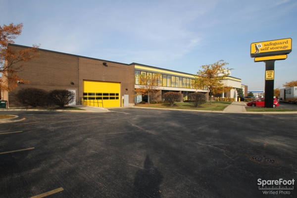 Safeguard Self Storage - Des Plaines - Mannheim Rd - Photo 2
